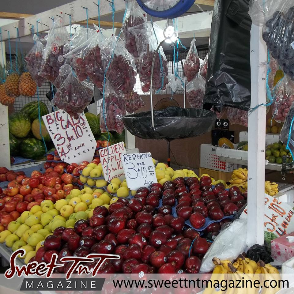 Apples and grapes in sweet T&T for Sweet TnT Magazine, Culturama Publishing Company, for news in Trinidad, in Port of Spain, Trinidad and Tobago, with positive how to photography.